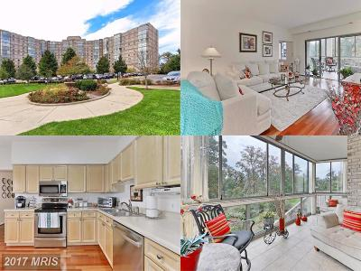 Leesburg Condo For Sale: 19375 Cypress Ridge Terrace #106
