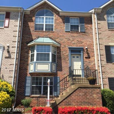 Sterling Townhouse For Sale: 21138 Twinridge