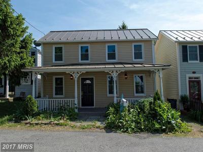 Loudoun Rental For Rent: 215 Royal Street SE