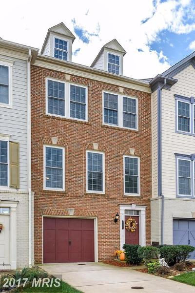Leesburg Townhouse For Sale: 211 Great Laurel Square SE