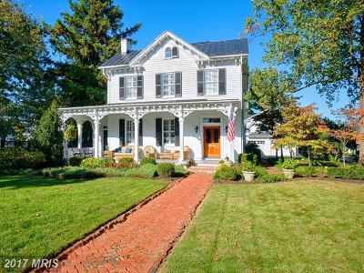 Loudoun Single Family Home For Sale: 216 Cornwall Street NW