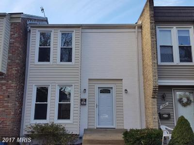Leesburg Townhouse For Sale: 347 Shenandoah Street SE