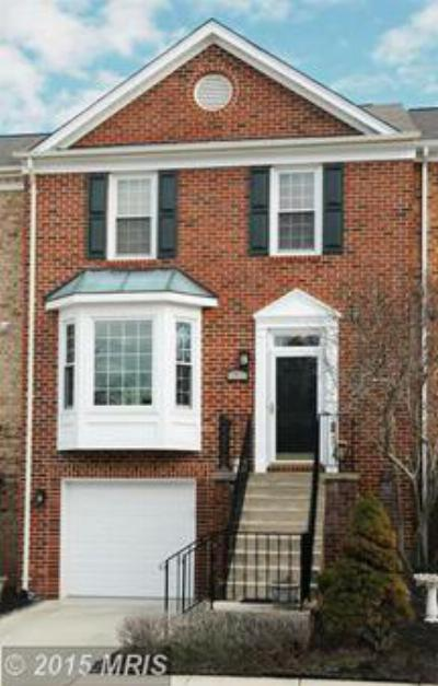 Ashburn VA Townhouse Sale Pending: $374,900