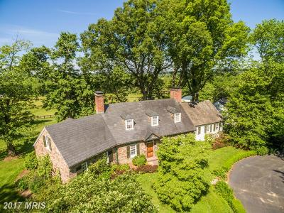 Loudoun Farm For Sale: Tamworth Farm Lane