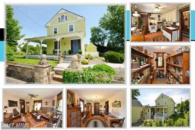 Lovettsville Single Family Home For Sale: 3 Church Street