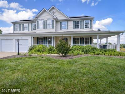 Purcellville Single Family Home For Sale: 832 Woodbine Court