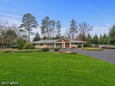 Bethesda Single Family Home For Sale: 7108 Oak Forest Lane