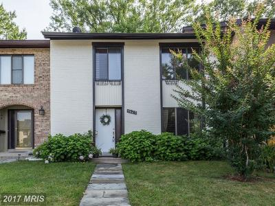 Montgomery Village Townhouse For Sale: 9620 Shadow Oak Drive