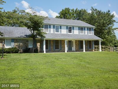 Single Family Home For Sale: 1 Glenhurst Court