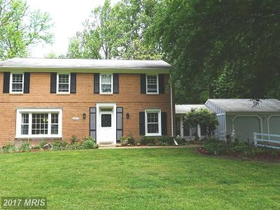 Gaithersburg Single Family Home For Sale: 13017 Chestnut Oak Drive