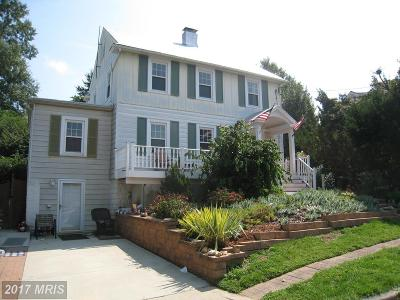 Gaithersburg Single Family Home For Sale: 3 Montgomery Avenue