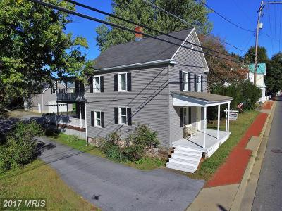 Poolesville Single Family Home For Sale: 20111 Fisher Avenue