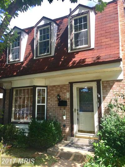 Gaithersburg Townhouse For Sale: 31 Big Acre Square #20-7