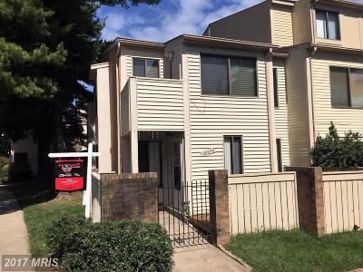 Montgomery Village MD Townhouse For Sale: $175,000
