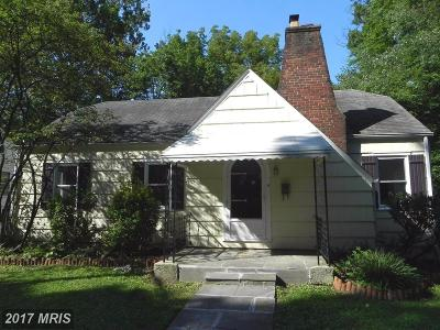 Gaithersburg Single Family Home For Sale: 12 Oak Avenue