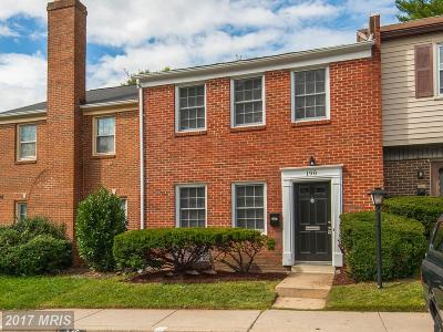 Gaithersburg Townhouse For Sale: 198 Gold Kettle Drive