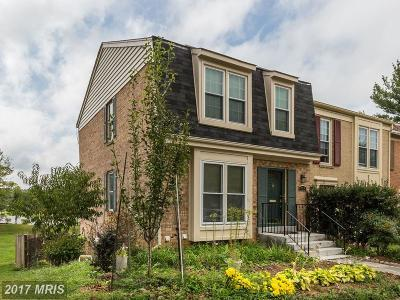Montgomery Village Townhouse For Sale: 20114 Torrey Pond Place