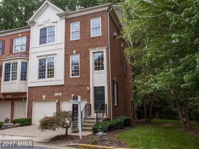North Bethesda Townhouse For Sale: 6126 Stonehenge Place #8