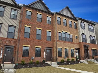Clarksburg Townhouse For Sale: 13312 Garnkirk Forest Drive