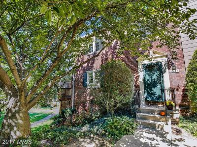 Chevy Chase Townhouse For Sale: 4912 Bradley Boulevard #233