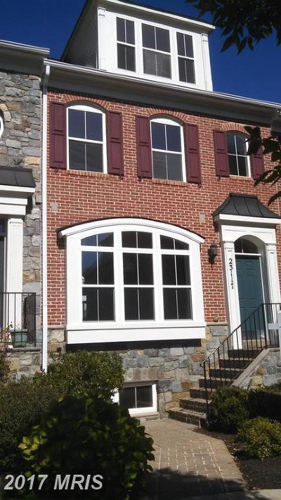 Clarksburg Townhouse For Sale: 23117 Robin Song Drive