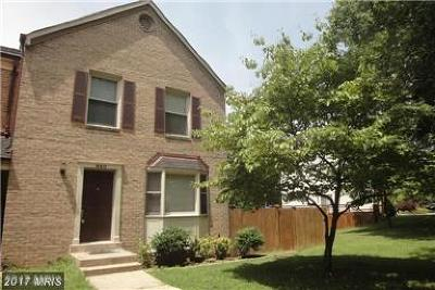 Gaithersburg Townhouse For Sale: 920 Wild Forest Drive