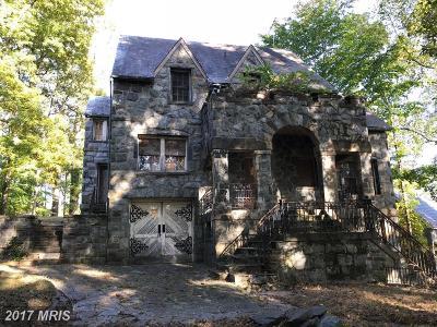 Bethesda Single Family Home For Sale: 7255 Macarthur Boulevard