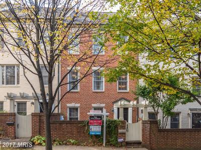 Gaithersburg Townhouse For Sale: 205 Ridgepoint Place