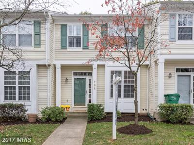 Gaithersburg Townhouse For Sale: 208 Twelve Oaks Drive