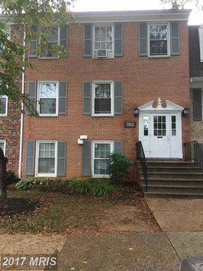 Gaithersburg Condo For Sale: 782 Quince Orchard Boulevard #P-2