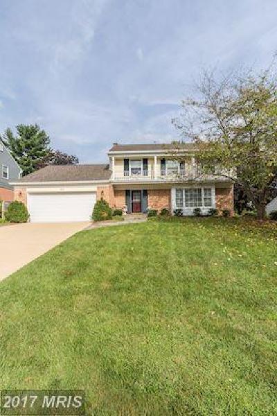 Rockville Single Family Home For Sale: 8713 Sleepy Hollow Lane