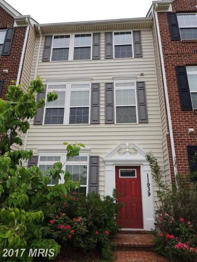 Clarksburg Townhouse For Sale: 11939 Sweet Shrub Circle