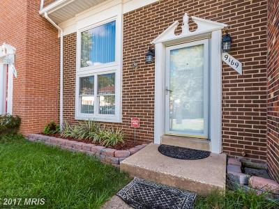 Point Of Woods Townhouse For Sale: 9169 Laurelwood Court