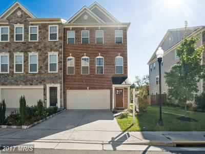 Manassas Townhouse For Sale: 10227 Fountain Circle