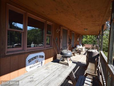 Hedgesville Single Family Home For Sale: 454 Barksdale Lane