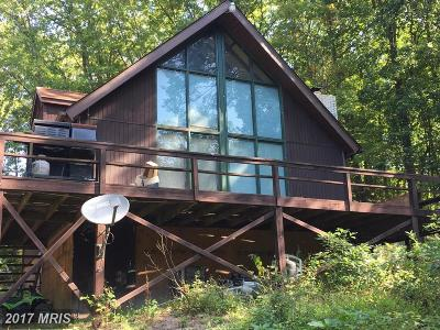 Hedgesville Single Family Home For Sale: 8442 Martinsburg Rd/Wv Route 9