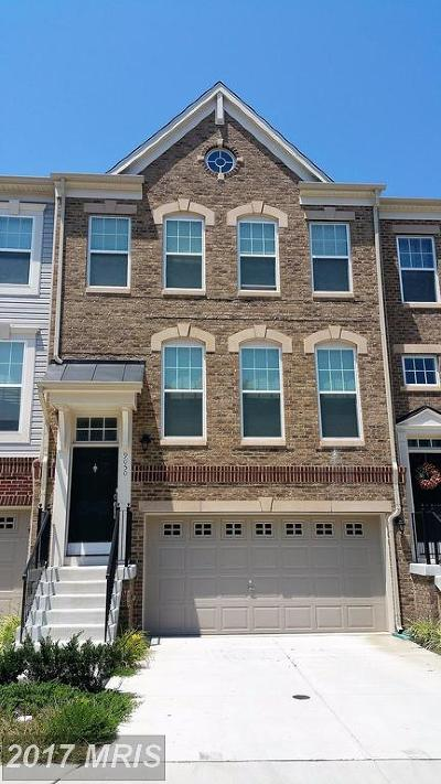 Manassas Park Townhouse For Sale: 9050 Isabel Lane