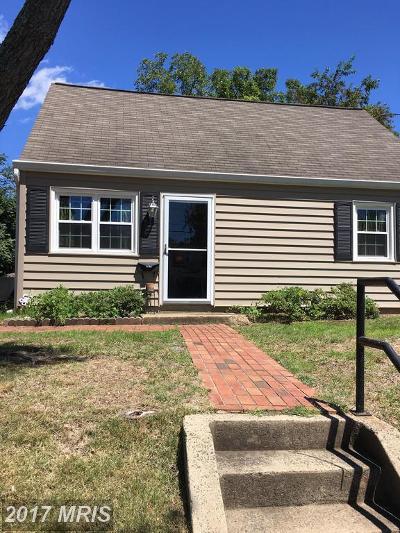 Manassas Park Single Family Home For Sale: 172 Manassas Drive