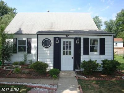 Manassas Park Single Family Home For Sale: 132 Evans Street