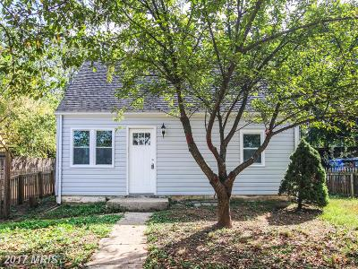Manassas Park Single Family Home For Sale: 104 Kent Drive