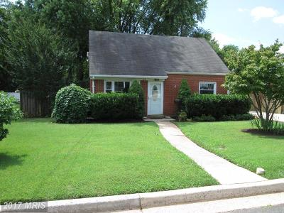 Manassas Park Single Family Home For Sale: 175 Colburn Drive
