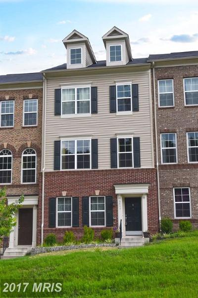 Manassas Park Townhouse For Sale: 9011 Phita Lane