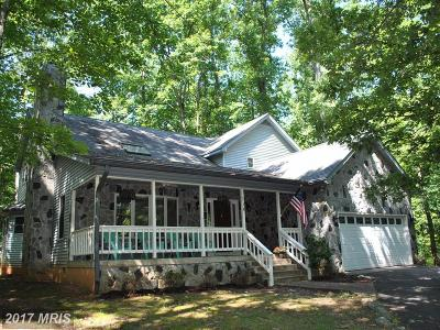 Locust Grove Single Family Home For Sale: 114 Hillside Drive