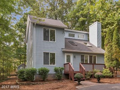 Locust Grove Single Family Home For Sale: 107 Yorktown Boulevard