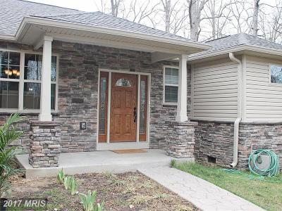 Locust Grove Single Family Home For Sale: 212 Fairfax Lane