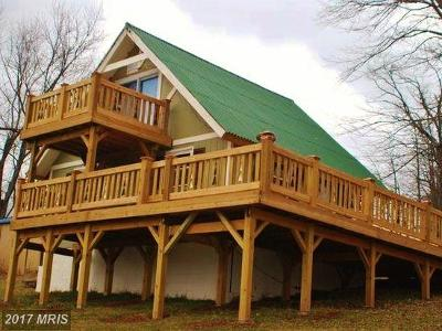 Page Single Family Home For Sale: 1063 Overlook Mountain Road