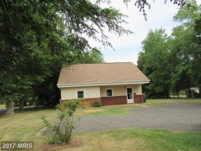 Accokeek Single Family Home For Sale: 15619 Livingston Road