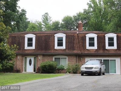 Accokeek Single Family Home For Sale: 146 Farmington Road W