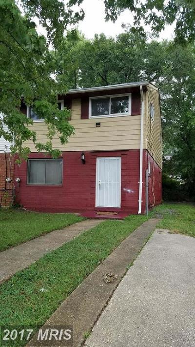 Landover Single Family Home For Sale: 2427 Kent Village Place