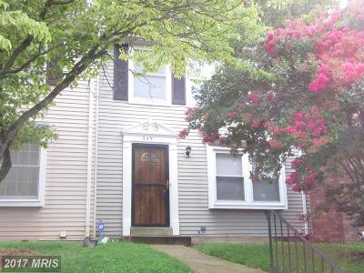 Capitol Heights Townhouse For Sale: 349 Possum Court